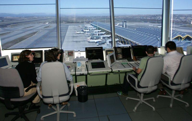 El Congreso de Estados Unidos exime de los recortes a los controladores aéreos