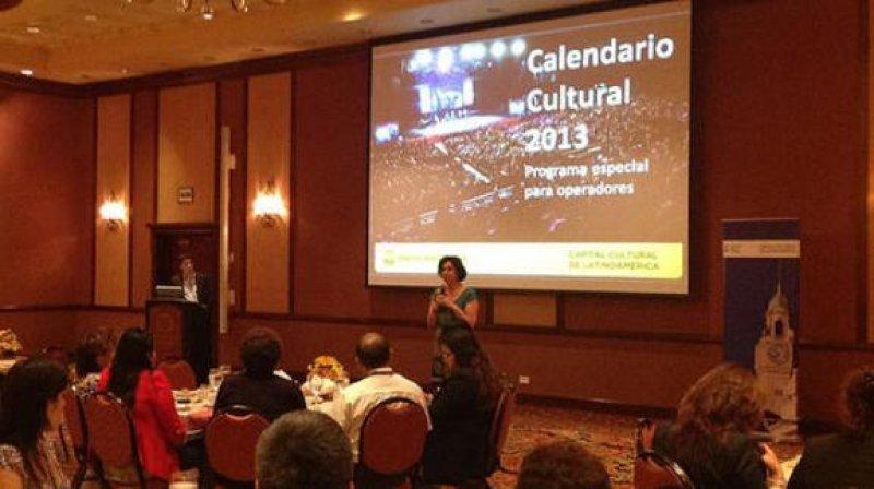 Patricia Pécora en su presentación en Perú