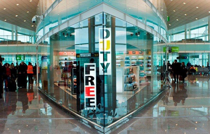 Las áreas comerciales convierten a los aeropuertos en destinos