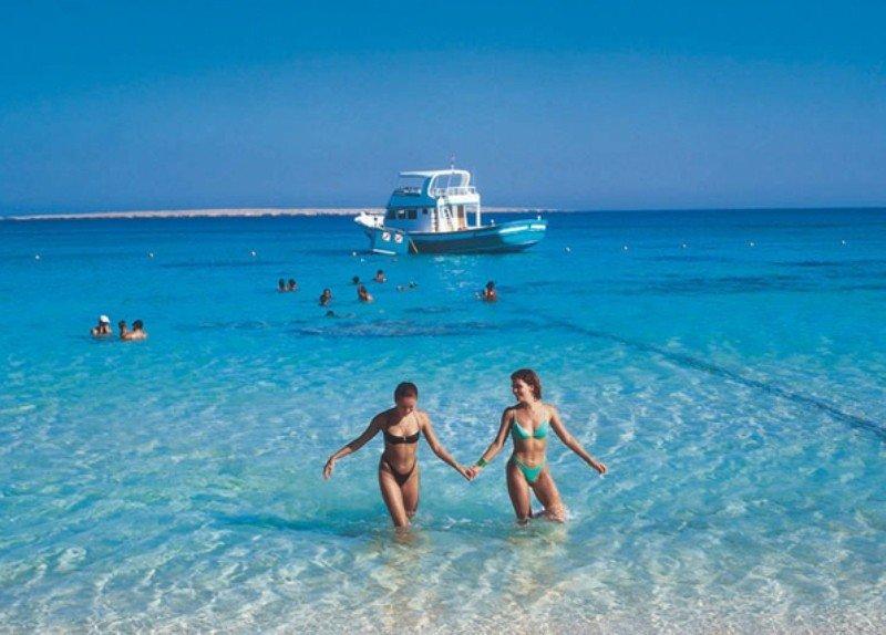 Turistas en el resort El Gouna, en la costa egipcia del Mar Rojo.