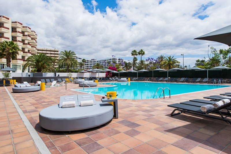 En su piscina se celebrarán fiestas y eventos.
