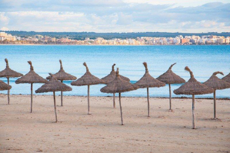 Playas vacías en Mallorca. #shu#