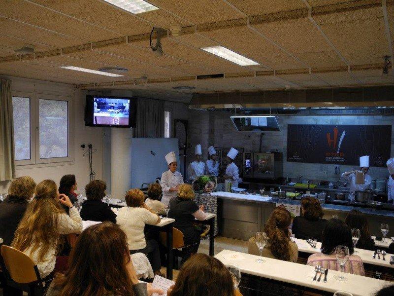 EHIB une estudios de cocina y sala