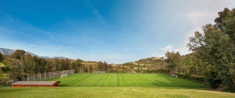 Equipos de fútbol de todo el mundo eligen La Cala Resort para sus concentraciones