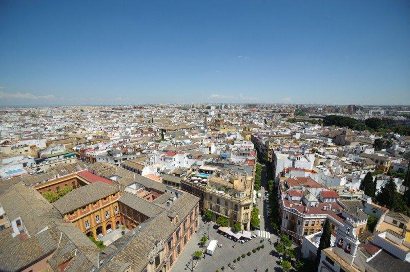 Exceltur analiza el papel del turismo como motor estratégico para el desarrollo local. #shu# Sevilla.