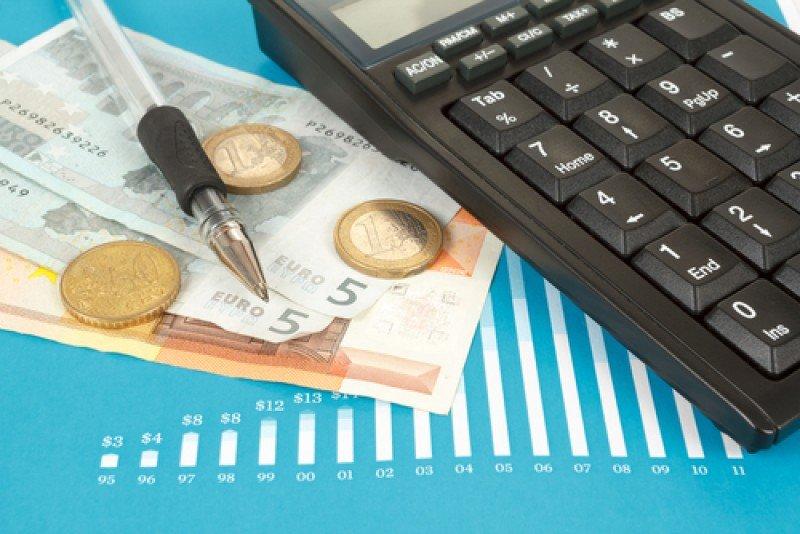 El salario bruto de los españoles es de 1.615 €. #shu#