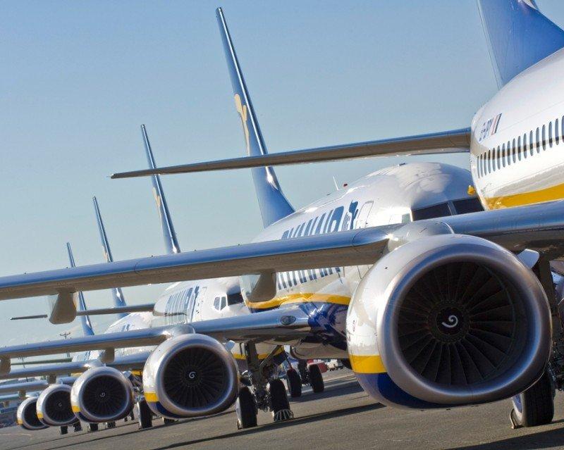Ryanair amenaza con despidos a sus pilotos si la denuncian ante Aviación Civil irlandesa