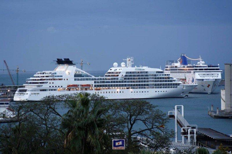 El tráfico de cruceros podría caer en Málaga hasta un 20% en 2013