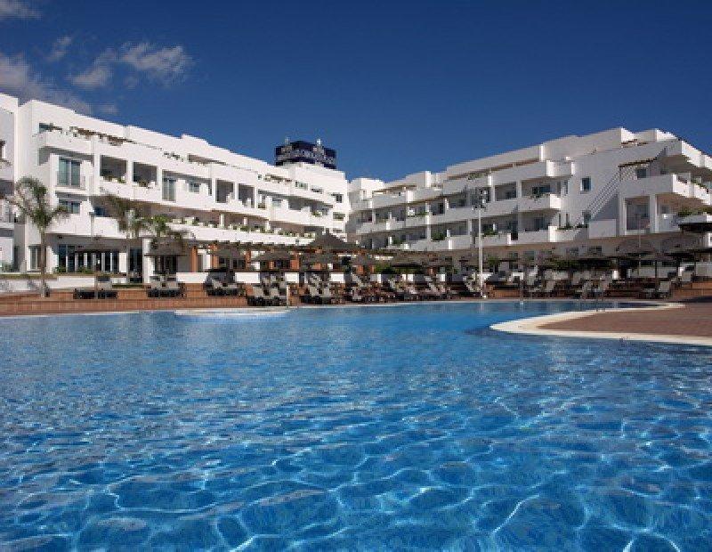 El hotel CaboGata Plaza Suites, en Almería, ha sido el escenario del polémico caso.