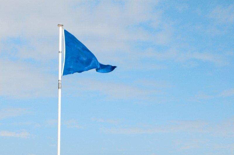 España vuelve a superarse en Banderas Azules. #shu#