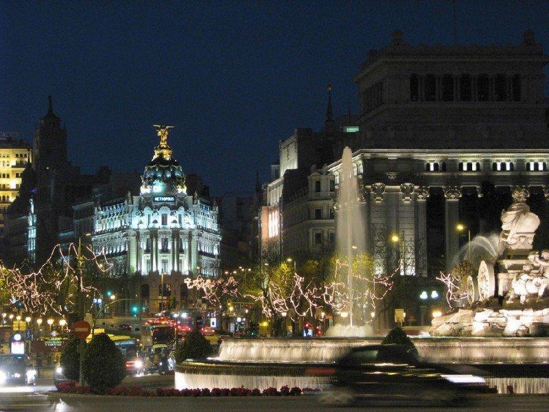 Madrid ha registrado en abril las peores caídas de la serie histórica en pernoctaciones y viajeros alojados.