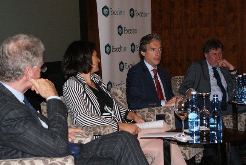 Íñigo de la Serna durante su intervención en la jornada sobre turismo urbano de Exceltur.