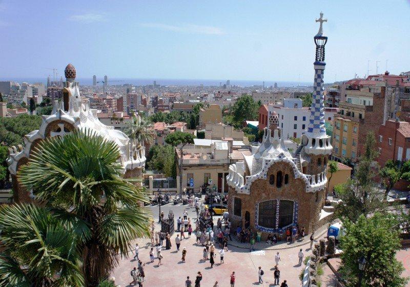 Caen los viajes de los españoles más de un 10% en el primer cuatrimestre del año. #shu#