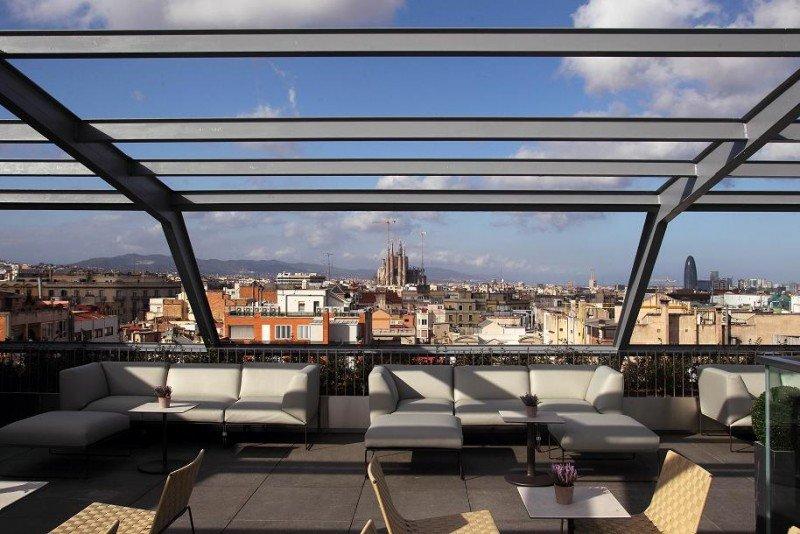La Terraza 83,3 ofrece vistas de 300 grados sobre la ciudad.