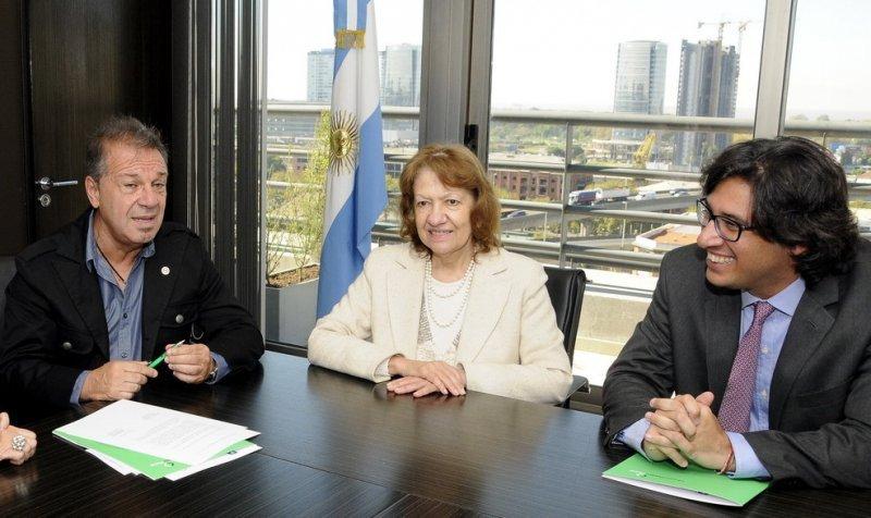 Acuerdo entre la Fiscalía General y la Defensoría del Turista.