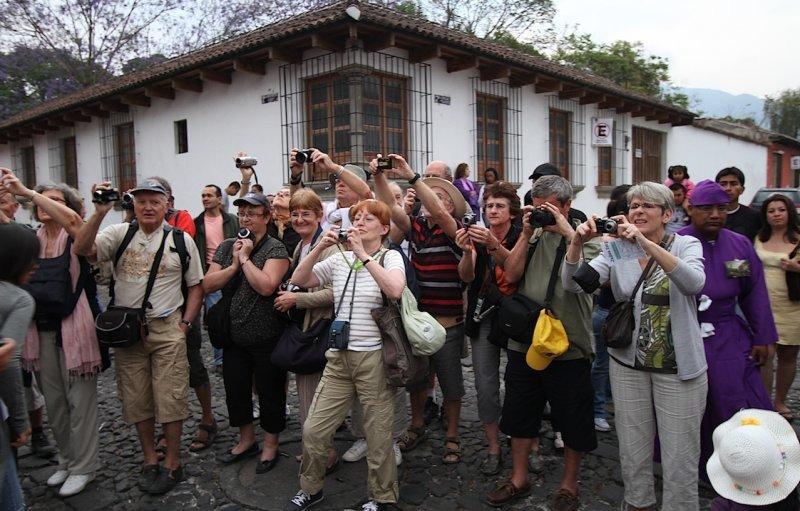 El ingreso de turistas a Guatemala crece casi un 8% el primer trimestre de 2013
