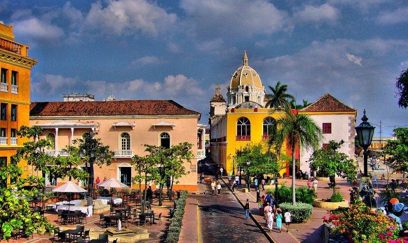 La nueva campaña fue filmada en 20 destinos diferentes, entre ellos Bogotá.