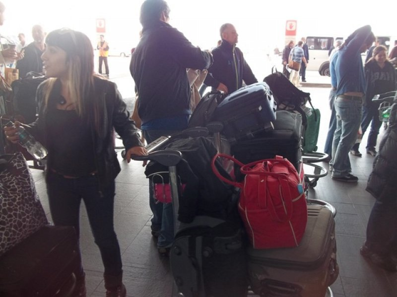 Segundo día con retrasos por niebla en Aeropuerto de Carrasco