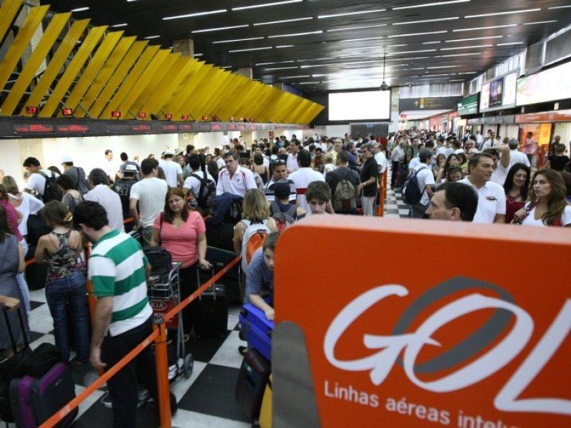 GOL redujo capacidad y aumentó ingresos por pasajero