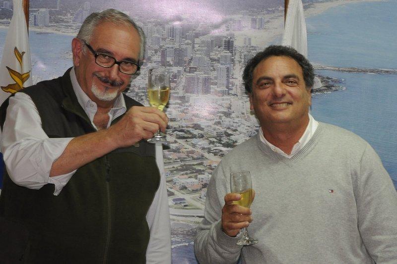 Omar Milar, presidente saliente, junto a Andrés Jafif