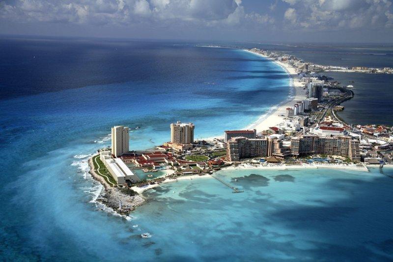 Vista aérea de Cancún, uno de los principales destinos de México