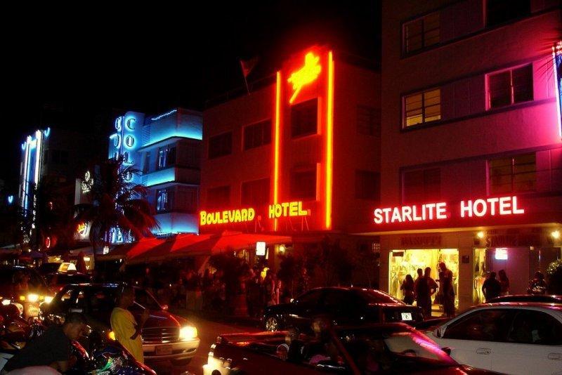 Ocean Drive, corazón de la noche de Miami Beach