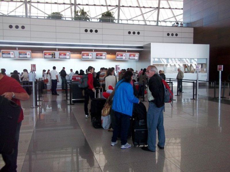 Los uruguayos registraron 136.000 salidas más que el año pasado entre marzo y abril