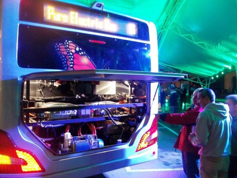 Bus eléctrico BYD, presentado en Montevideo