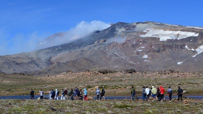 Se incrementa la sismicidad del Volcán Copahue.