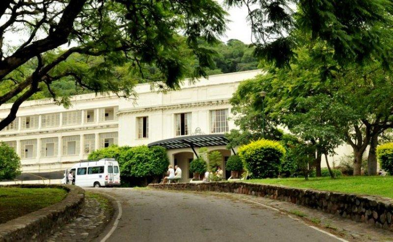 El hotel contó con el primer pabellón de baños termales de Sudamérica.