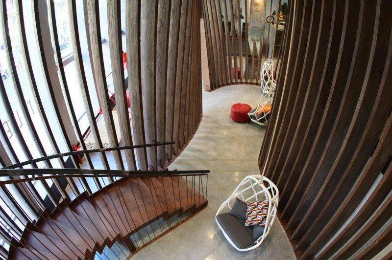 Generator Barcelona ha contado con arquitectos y artistas locales para plasmar el espíritu y la cultura de la ciudad.