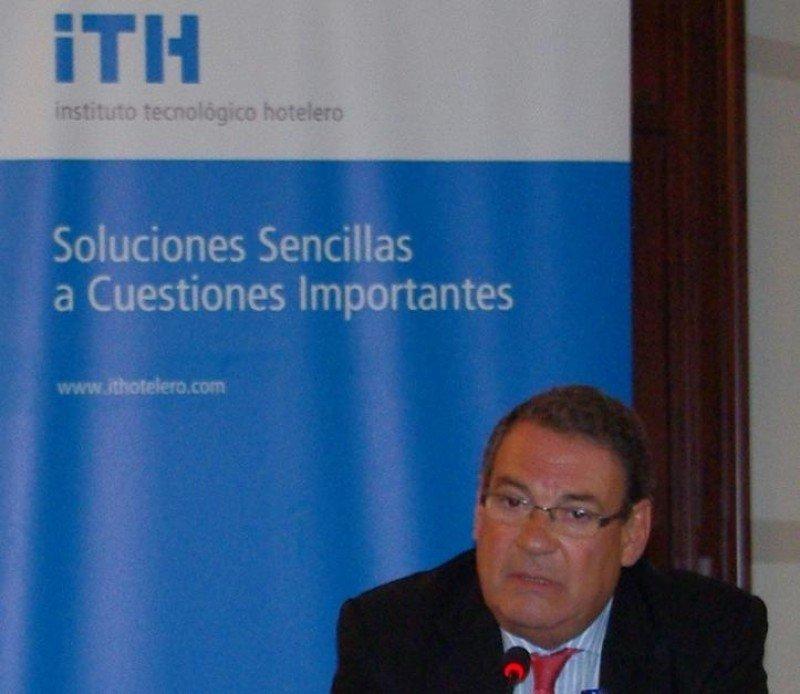 Molas ha sido reelegido presidente del Instituto Tecnológico Hotelero por una amplia mayoría.