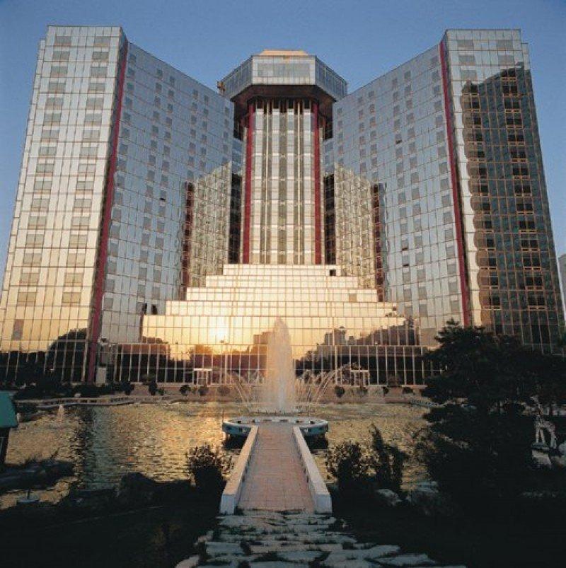 El Sheraton Gran Muralla de Beijing se convirtió en 1985 en el primer hotel internacional en China.