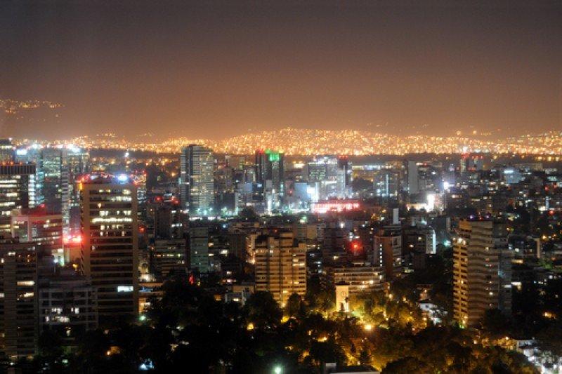 Centro de México DF. El turismo emisor de las economías emergentes tiene su origen en las grandes urbes. #shu#