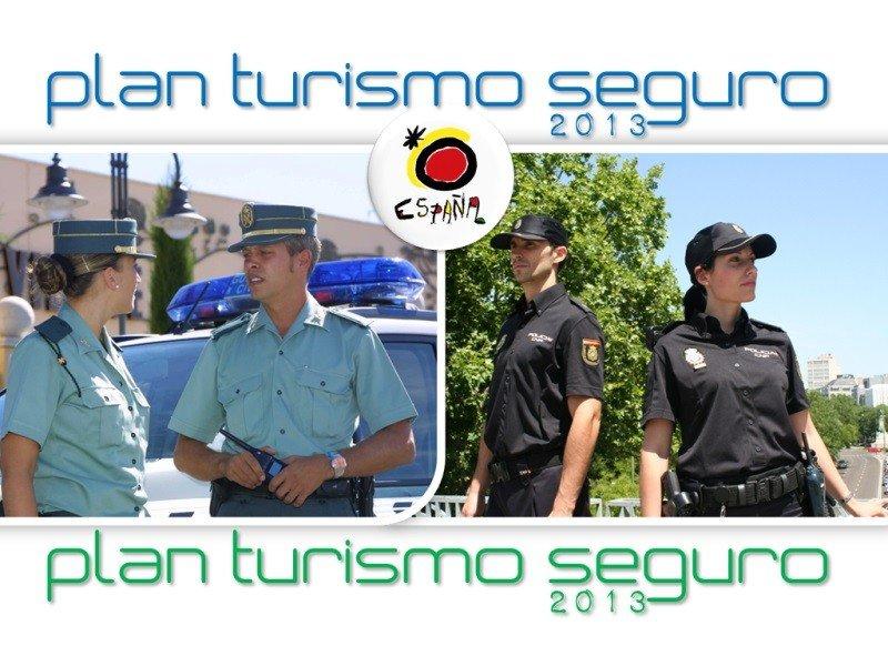 Imagen oficial de la campaña de seguridad para el verano de 2013 puesta en marcha por el Ministerio de Interior.