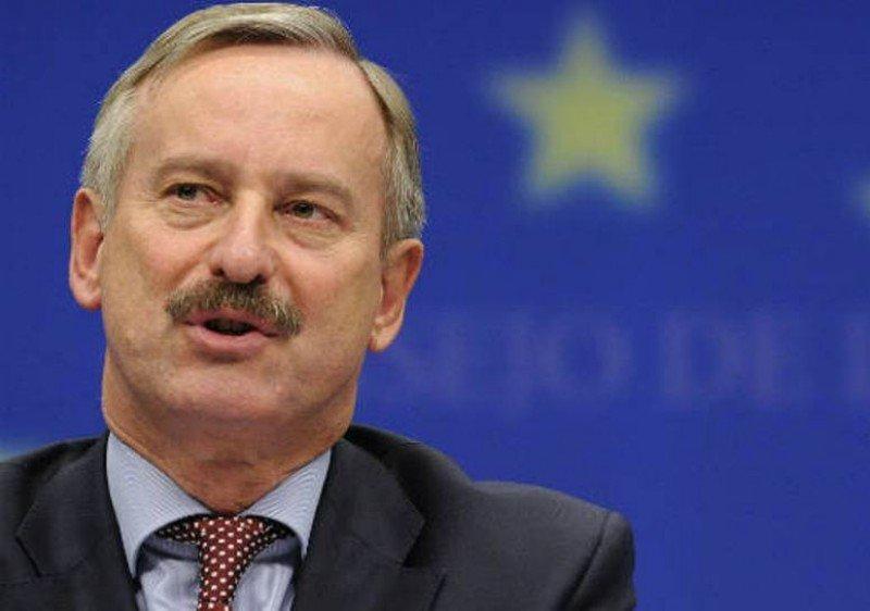 Siim Kallas, el comisario de Transporte, hizo la presentación de las medidas de la Comisión Europea para acelerar la implantación del Cielo Único