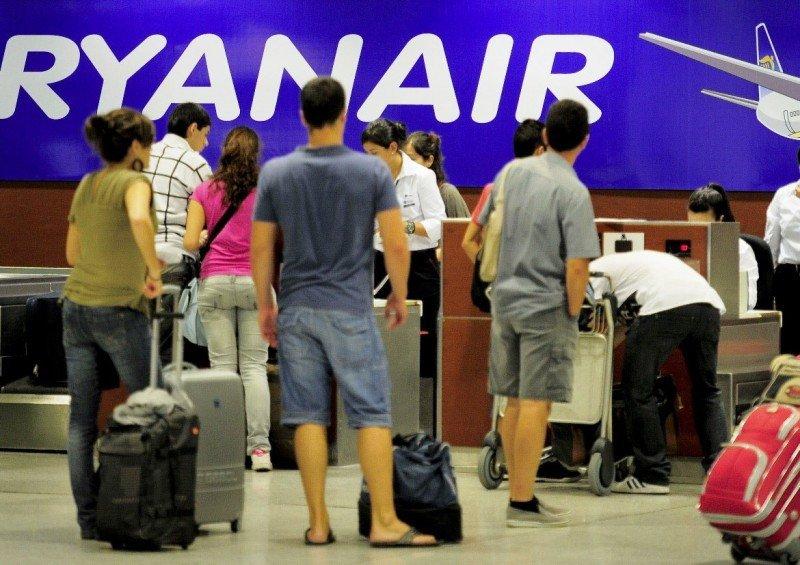 Ryanair cobrará 8 euros por subir ensaimadas a sus aviones