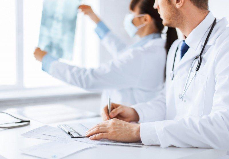 Un 25% de británicos viaja sin seguro médico. #shu#