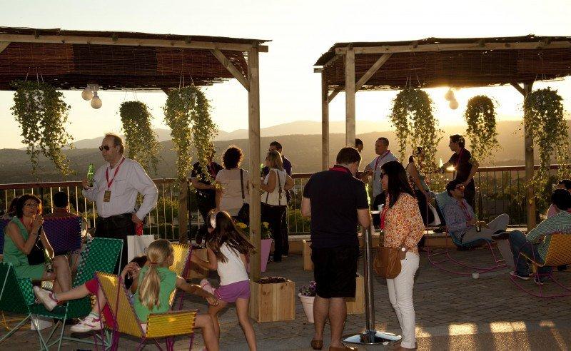 Las Rozas Village organiza una exclusiva Shopping Night para los titulares de las tarjetas Iberia Sendo American Express