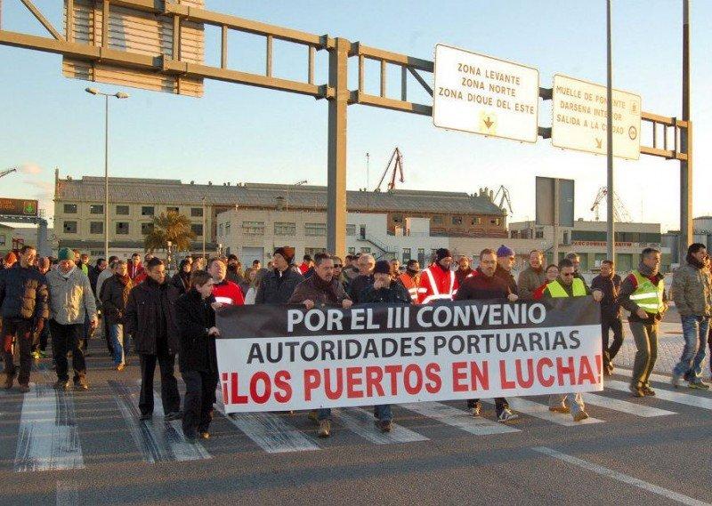 Una de las jornadas de protesta que previamente protagonizaron los trabajadores portuarios (foto: Diario del Puerto).