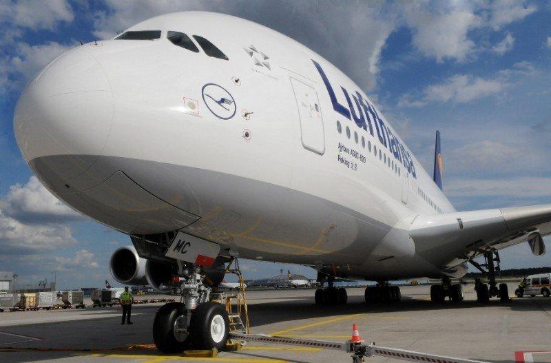 Lufthansa agregará a su flota de largo radio dos superjumbos A380.