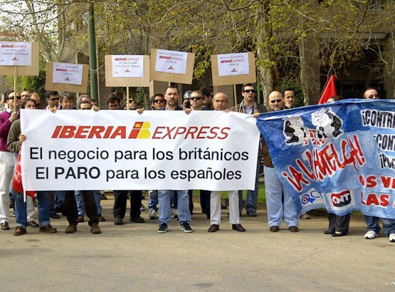 IAG y British reclaman una compensación por daños financieros y de reputación.