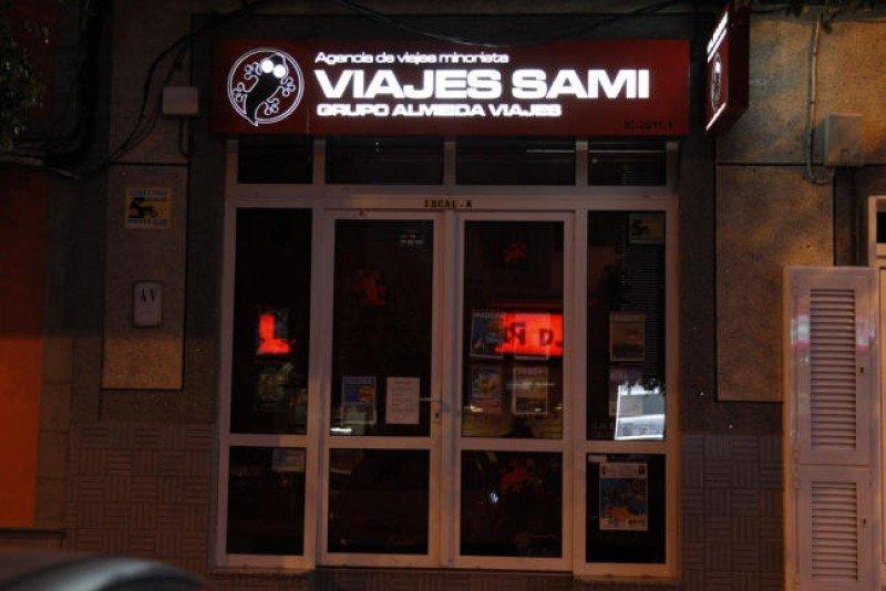 Fachada de Viajes Sami, donde los afectados adquirieron sus billetes (La Provincia / Domingo Martín).