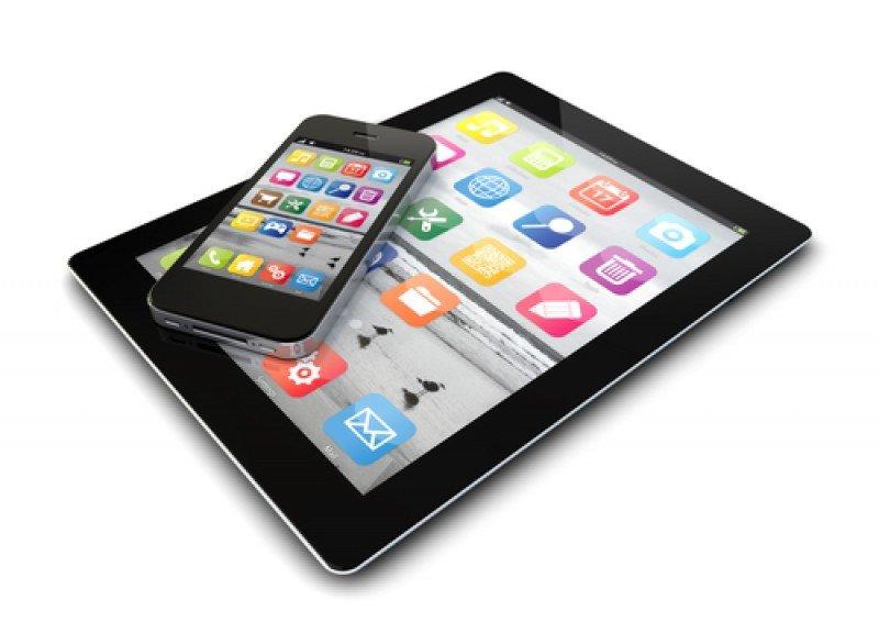 Smartphones y tablets permiten al consumidor acceder a internet desde el sofá, la calle, etc. #shu#