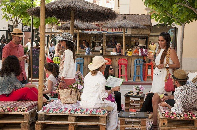 El espíritu de las viajeras cosmopolitas desembarca en Las Rozas Village y La Roca Village
