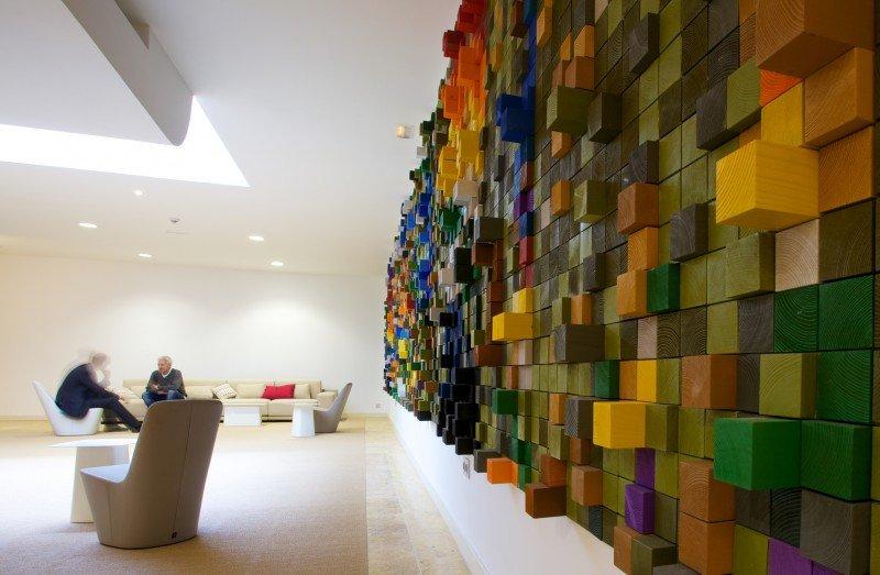Tiene una nueva sala de exposiciones dedicada al eco arte digital.