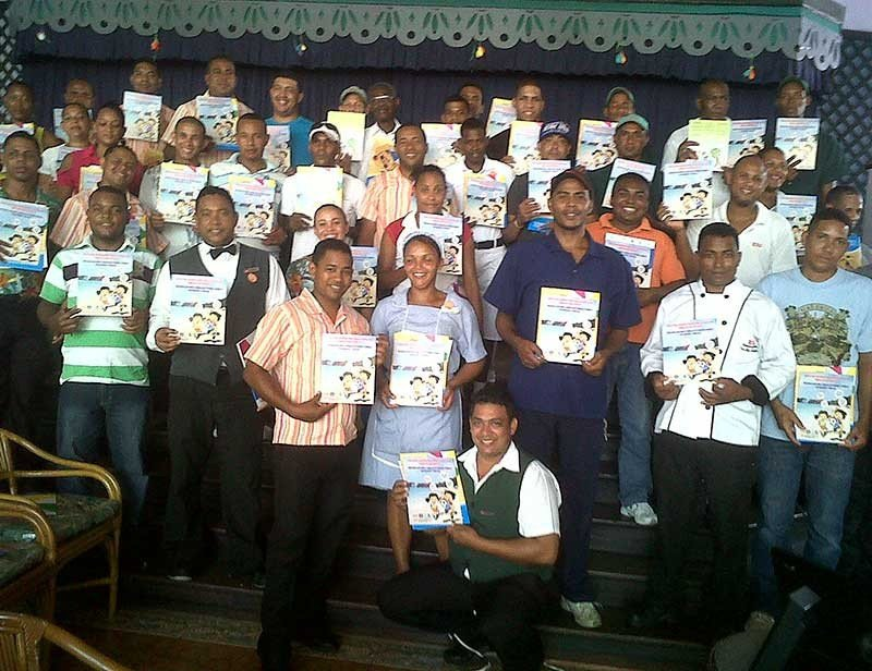 Algunos de los 600 empleados de Riu Hotels que han recibido la formación del código ECPAT.