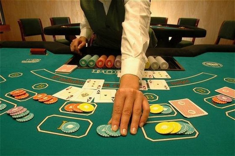 El casino de Atlántida será renovado y no tendrá mesas de paño