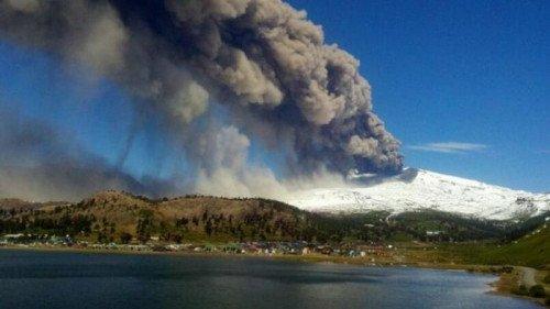 Comité de Crisis de Neuquén baja el alerta del volcán Copahue