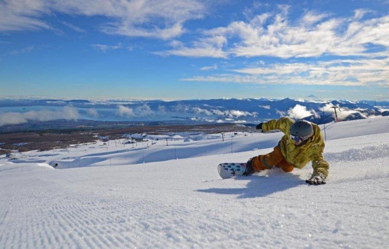 Brasileños viajan a Chile atraídos por los centros de esquí.